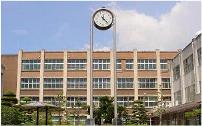 校舎外観写真