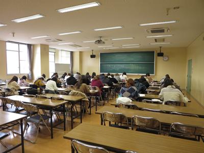 【食物栄養学科】栄養士実力認定試験が行われました 12/08